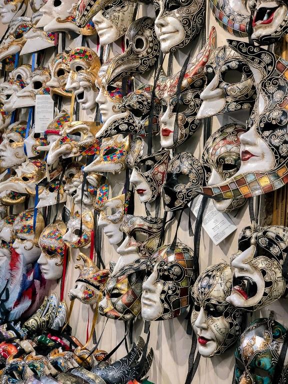חנות מסיכות בונציה