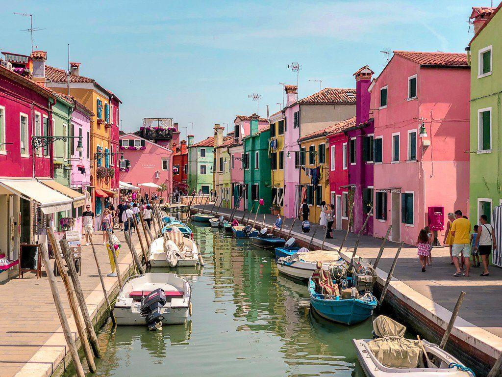 בוראנו שנמצא בונציה
