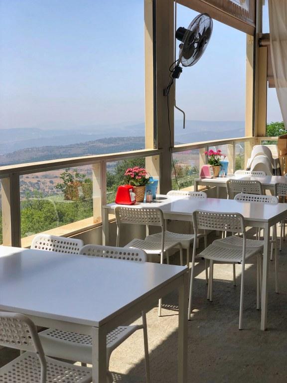 מסעדה כשרה מול נוף לכנרת