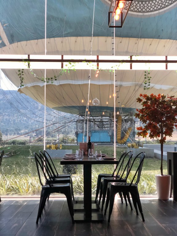 מסעדה מול נוף לכדור פורח