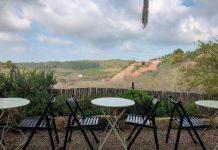 פינת ישיבה מול נוף לכפר אוריה