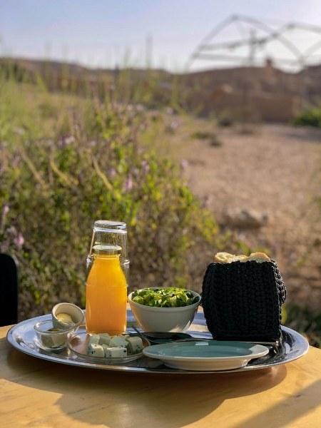 ארוחת בוקר בחוות נאות