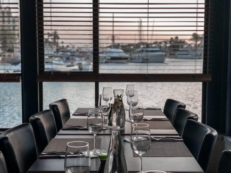 מסעדה על ספינה באילת