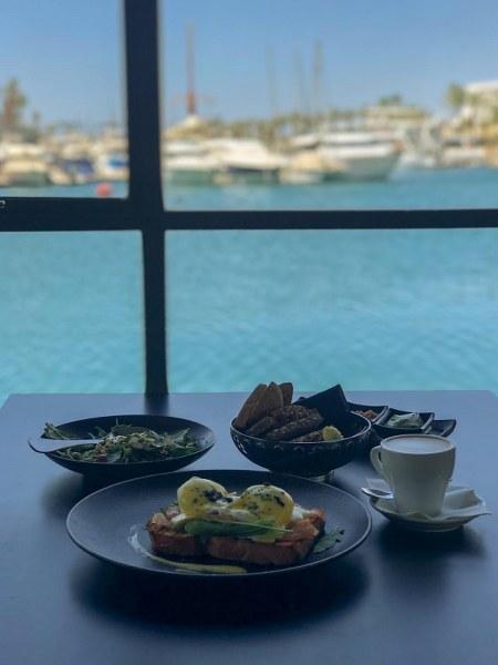 ארוחת בוקר במסעדת פאגו פאגו באילת