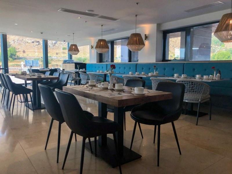 מסעדת טריכיאה במלון מגדלה