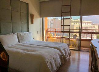 חדר שינה במלון ניו הוטל new hotel