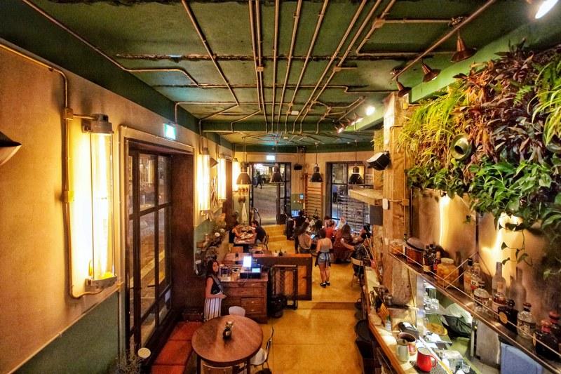 מסעדת צמח מסעדה צמחונית של מחניהודה