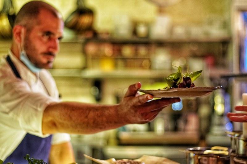 מנה צמחונית במסעדת צמח