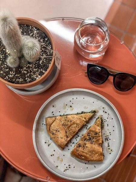 מסעדה באתונה המציעה אוכל טבעוני