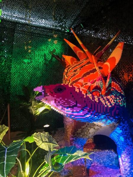 דינוזאור מלגו בתערוכת הלגו